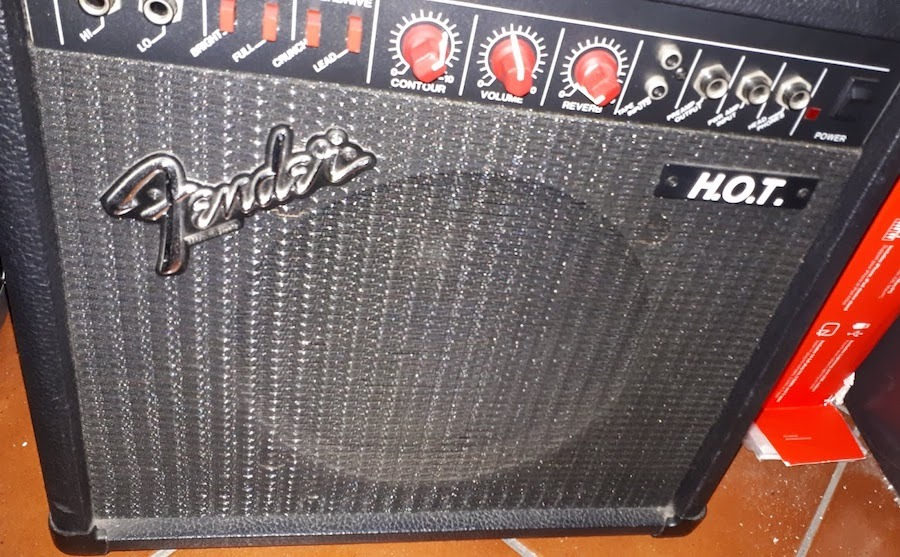 FENDER H.O.T. (MADE IN USA)